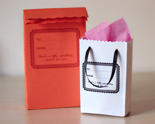 DIY Gift Bag Made From Envelopes